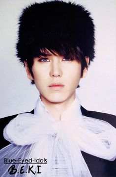 BLUE EYED K-POP IDOLS: #350  Cho Kyuhyun - Super Junior -WHOA those eye contacts make him look so different.