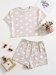 Cute Pajama Sets, Cute Pajamas, Pajama Outfits, Girl Outfits, Cute Casual Outfits, Pretty Outfits, Girls Fashion Clothes, Fashion Outfits, Korean Outfit Street Styles