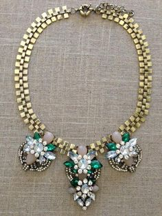 Gorgeous, high quality. Just like J.Crew necklace.