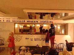 http://www.linkazzato.it/sottopalco-cafe-letterario-grande-sud-teatro-bellini/