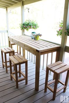 How to build an outdoor table and bar stools. Step by step tutorial to build outdoor furniture for your backyard. DIY Outdoor Table and DIY Bar Stools. Outdoor Bar Table, Outdoor Stools, Table Bar, Outdoor Decor, Outdoor Tiki Bar, Bar Table And Stools, Outdoor Bars, Outdoor Tables And Chairs, Outdoor Furniture Plans