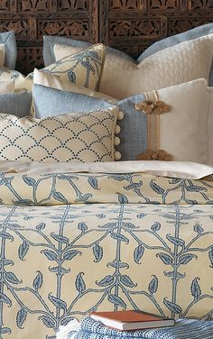 The cool color palette found in the Badu Bedding Collection dresses your bed in relaxing layers.