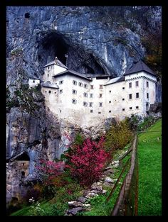 Predjama Castle, Postojna, Slovenia Copyright: Manu Sans Nom