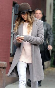 SARAH JESSICA PARKER | NEUTRAL FALL LOOK - Le Fashion