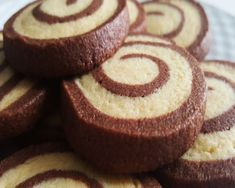 de mantequilla a temperatura ambiente 125 gr. Delicious Desserts, Yummy Food, Cupcake Cookies, Cupcakes, Sin Gluten, Sweet Recipes, Easy Recipes, Bakery, Cheesecake