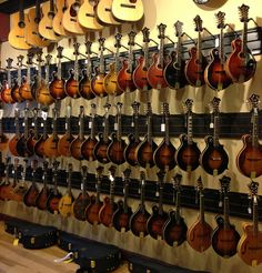 gallery 20 coolest guitar stores in the us volume 2 nashville heritage guitar store. Black Bedroom Furniture Sets. Home Design Ideas