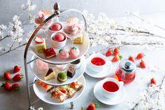 """◆春季限定・苺と桜のアフタヌーンティー◆ 渋谷の街を眼下に望む絶景カフェ「Legato(レガート)」では、春季限定のアフタヌーンティーセットを提供開始します。 """"苺と桜""""をテーマにしたスイーツを楽しみながら、春の訪れを満喫してはいかがでしょうか? 主役は、桜の香りのモンブランクリームと甘酸っぱい苺ソースの絶妙なハーモニーが楽しめる「苺と桜のモンブランパフェ」。うららかな春の空を眺めながら、パティシエ渾身の春のスイーツお楽しみください。 #あふたぬーんてぃー #afternoontea #春のアフタヌーンティー #渋谷アフタヌーンティー #春のスイーツ Dining, Deserts, Food"""