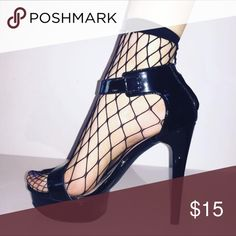 Mark and Estel Fishnet Ankle Socks Mark and Estel's Fishnet Ankle Socks are no ordinary pair! Oversized Fishnet detail make your heels turn into a sexy pair of Stilettos.. black/ fits sizes 5-10 Mark and Estel Accessories Hosiery & Socks