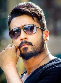 Anjaan Movie FirstLook Images Photos Gallery In HD - Actor Surya Masss Movie First look Trailers Teaser Songs Posters Stills Actor Picture, Actor Photo, Cute Actors, Handsome Actors, Actors Images, Hd Images, Allu Arjun Wallpapers, Surya Actor, Allu Arjun Images