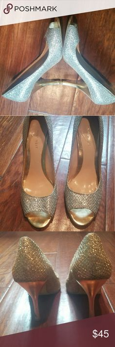 Silver and gold Nine West heel Stunning silver and gold peep toe Nine West heel Nine West Shoes Heels