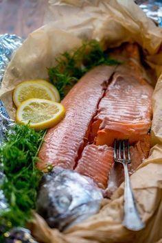 Haudutettu uunilohi Fish Recipes, Seafood Recipes, Paleo Recipes, Cooking Recipes, A Food, Good Food, Food And Drink, Fish Food, Linguine