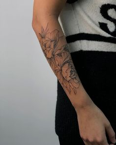 tattoo styles, tattoo style names, tattoo styles tattoo styles list, tattoo styles and meaning Up Tattoos, Time Tattoos, Flower Tattoos, Body Art Tattoos, Sleeve Tattoos, Tatoos, Piercing Tattoo, Piercings, Arm Tattoos For Women Forearm