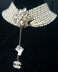 73013d8ff20e CHANEL Métiers d'Art Paris Pearl Gripoix CC 2012 Bombay Necklace Belt  Camellia