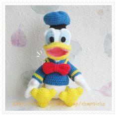 Donald Duck 8.5 inches PDF amigurumi crochet pattern