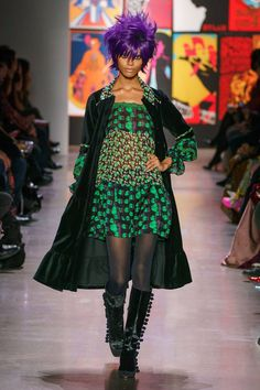 Anna Sui Fall 2019 Ready-to-Wear Fashion Show - Vogue New York Fashion, Runway Fashion, Fashion Beauty, Fashion Show, Fashion Trends, Women's Fashion, Anna Sui, Vogue, Blazer