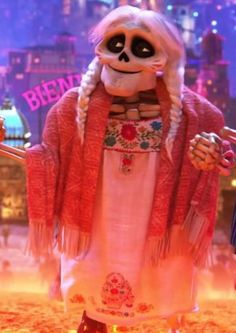 Mama Coco from Coco Disney Pixar Movies, Disney Art, Movie Costumes, Halloween Costumes, Halloween Jelly, Coco Costume, All Disney Princesses, Movie Wallpapers, Movie Characters