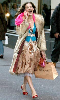 777ebc10439 Carrie Bradshaw Wearing A Fur Coat And Carrying A Monolo Blahnik Shopping  Bag, Season 6