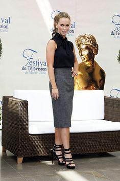 "Jennifer Love Hewitt Photos: 49th Monte Carlo TV Festival - ""Ghost Whisperer"" Photocall"