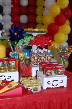 Lego Party Table Decorations
