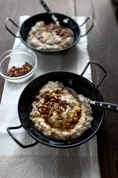 Mouthwatering oatmeal from @LadyandPups- Yogurt Oatmeal with Browned Butter Honey and Candied Pine Nuts perfect for breakfast or brunch.