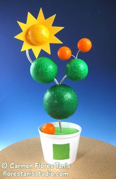 Love this Whimsical Orange Tree Topiary! On the @SmoothfoamCraft blog