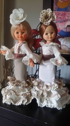 Nancy Doll, Barbie, Miss Piggy, Reborn Dolls, Dress Patterns, Doll Clothes, Knit Crochet, Diy And Crafts, Flower Girl Dresses