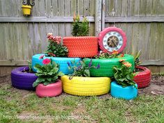 Recycled Tires Garden Planter http://www.handimania.com/diy/recycled-tires-garden-planter.html