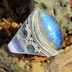 NATURAL RAINBOW MOONSTONE 925 Sterling Silver Handmade Ring Jewel Size US 9 #Unbranded #Ring #valentinesday Wedding Jewelry, Gold Jewelry, Rainbow Moonstone, Handmade Silver, Valentines Day, Gemstone Rings, Silver Rings, Turquoise, Jewels