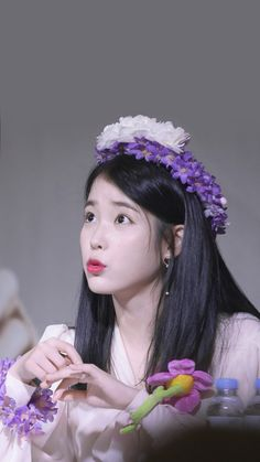 Korean Actresses, Korean Actors, Kpop Girl Groups, Kpop Girls, Korean Girl, Asian Girl, Kdrama, Iu Gif, Warner Music