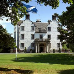 Prestonfield House Edinburgh This luxurious retreat has a fine-dining restaurant and romantic bedrooms about 3 km from the Royal Mile. Prestonfield is surrounded by gardens and a golf course. Buses to the city centre are a walk away. Parking is free. Edinburgh Hotels, Edinburgh Castle, St Andrews Hotel, Baroque Decor, Manor Garden, Roll Top Bath, Private Dining Room, Country Estate, The Good Place