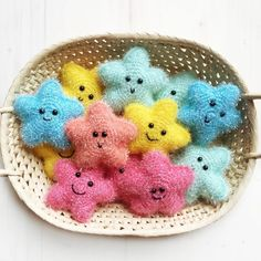 Sparkling Star FREE Pattern - Mammabook - häkeln - Leads For Amigurumi Crochet Keychain Pattern, Crochet Amigurumi Free Patterns, Crochet Home, Diy Crochet, Crochet Baby, Crochet Kawaii, Creative Bubble, Crochet Headband Free, Headband Baby