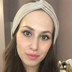 Sara Machlis offers her services as an experienced makeup artist for weddings. Her makeup services specialize in natural look makeup with a focus on using non-toxic beauty products. Click to get a free quote for this New York based makeup professional.