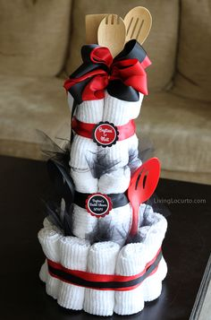 Bridal Shower Towel Cake  http://www.livinglocurto.com/2012/04/bridal-shower-towel-cake/