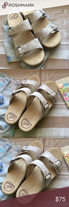 Light Beige and Cream Dansko Sophie - NWOT Gorgeous cream and warm beige sandals with super soft leather straps and a gushy footbed. These babies rock. I love them. But I'm not a white shoe kinda girl, so for their own safety they must be re-homed. Dansko Shoes Sandals