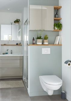 Toilet Room Decor, Small Toilet Room, Small Bathroom, Modern Bathroom Design, Bathroom Interior Design, Attic Master Suite, Mini Bad, Scandinavian Bathroom, Bathroom Toilets