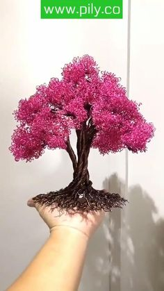Diy Crafts For Home Decor, Diy Crafts Hacks, Diy Crafts For Gifts, Diy Arts And Crafts, Copper Wire Crafts, Copper Wire Art, Wire Art Sculpture, Wire Trees, Diy Flowers