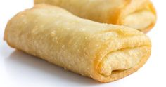 Offrez vous un morceau de fromage fondant servi avec une sauce marinara