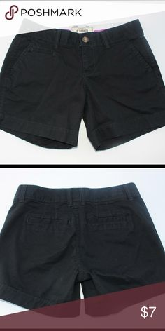 """Black old navy 5"""" chino shorts size 0 Excellent condition... Smoke free pet free home Old Navy Shorts"""