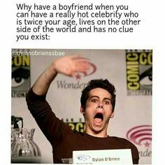"""Read Who loves The Maze Runner from the story The Maze Runner Jokes by (bertha) with reads. """"Who loves The Maze Ru. Maze Runner Thomas, Newt Maze Runner, Maze Runner 2014, Maze Runner Funny, Maze Runner Movie, Maze Runner Trilogy, Maze Runner Series, Memes Funny Faces, Really Funny Memes"""