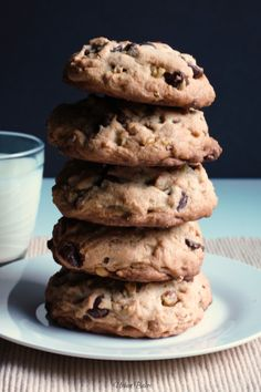 Not your average cookie!  Levain Bakery's Copycat Chocolate Chip Walnut Cookies | URBAN BAKES