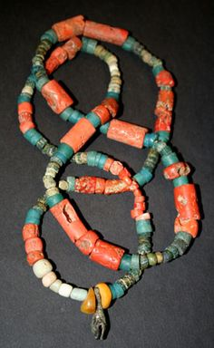 ~  ancient Yemenite coral trade to Mali (whit Nila beads)