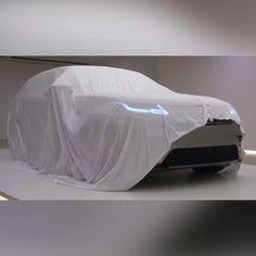 Unveiling Range Rover Velar