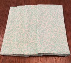 Cloth Dinner Napkins - Aqua and White Delicate Floral Print - Handmade - Eco Friendly Cloth Dinner Napkins, Trending Outfits, Unique Jewelry, Handmade Gifts, Vintage, Etsy, Home Decor, Kid Craft Gifts, Decoration Home