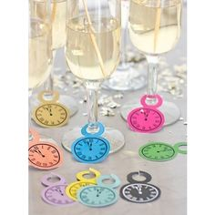 Where to Buy Clock Free Printable for 2016 New Years Eve Party - Wine Glasses, Clock Craft, New Years Decor New Years Eve Day, New Years Party, Nye Party, Party Time, Drunk Party, Sleepover Party, Diy New Years Eve Decorations, Clock Printable, Free Printable
