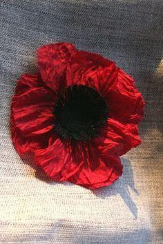 Bromeliad: DIY Wednesday: Make a fabric poppy pin from scratch