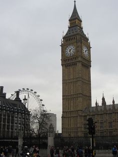 London, England- Big Ben and the London Eye - Meaghan O'Connor by APIstudyabroad, via Flickr