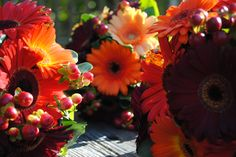 Glorious shades of Fall in these Gerbera #Wedding #Bouquets