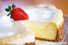 Vaniljecheesecake med jordbærsaus | Det søte liv