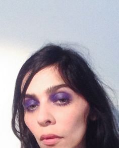 weekend-makeup-look-graphic-color-wash-eyeshadow-3