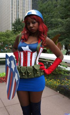 .Female Capt. America Cosplay
